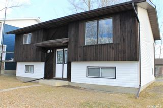 Photo 3: 2 Gray Avenue in Saskatoon: Forest Grove Residential for sale : MLS®# SK859432