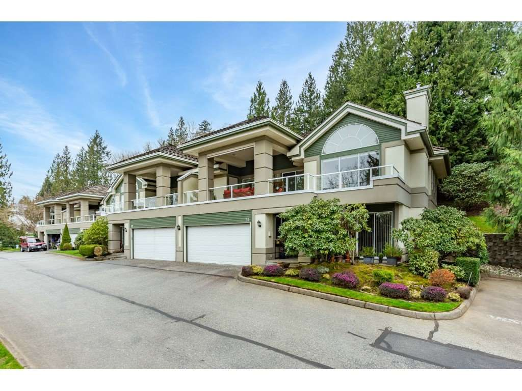 Main Photo: 31 4001 OLD CLAYBURN Road: Townhouse for sale in Abbotsford: MLS®# R2556894