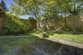 """Photo 22: 7 34755 OLD YALE Road in Abbotsford: Abbotsford East Townhouse for sale in """"Glenview"""" : MLS®# R2454937"""