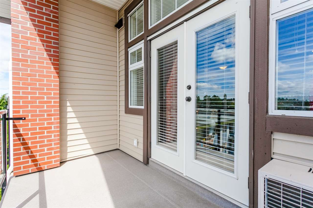 """Photo 13: Photos: 410 5650 201A Street in Langley: Langley City Condo for sale in """"Paddington Station"""" : MLS®# R2087664"""