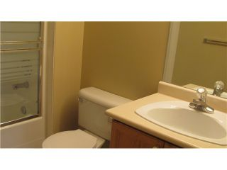 """Photo 8: 302 74 RICHMOND Street in New Westminster: Fraserview NW Condo for sale in """"GOVERNOR'S COURT"""" : MLS®# V889527"""
