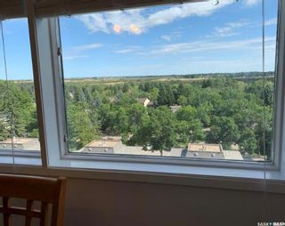 Photo 4: 711 351 Saguenay Drive in Saskatoon: River Heights SA Residential for sale : MLS®# SK858430