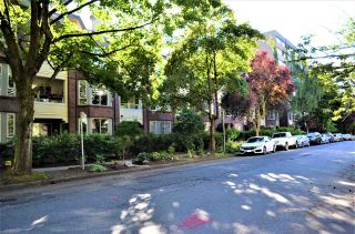 Photo 2: 202 1230 HARO STREET in Vancouver: West End VW Condo for sale (Vancouver West)  : MLS®# R2463124