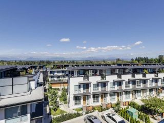 """Photo 18: 14 2825 159 Street in Surrey: Grandview Surrey Townhouse for sale in """"Greenway"""" (South Surrey White Rock)  : MLS®# R2488703"""