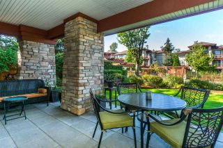 """Photo 15: 107 16447 64 Avenue in Surrey: Cloverdale BC Condo for sale in """"St. Andrews"""" (Cloverdale)  : MLS®# R2302117"""