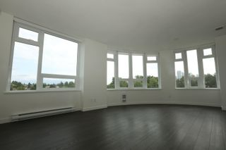 Photo 4: 913 5470 ORMIDALE Street in Vancouver: Collingwood VE Condo for sale (Vancouver East)  : MLS®# R2611619