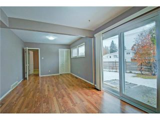 Photo 6: 1240 CROSS Crescent SW in Calgary: Chinook Park House for sale : MLS®# C4087966