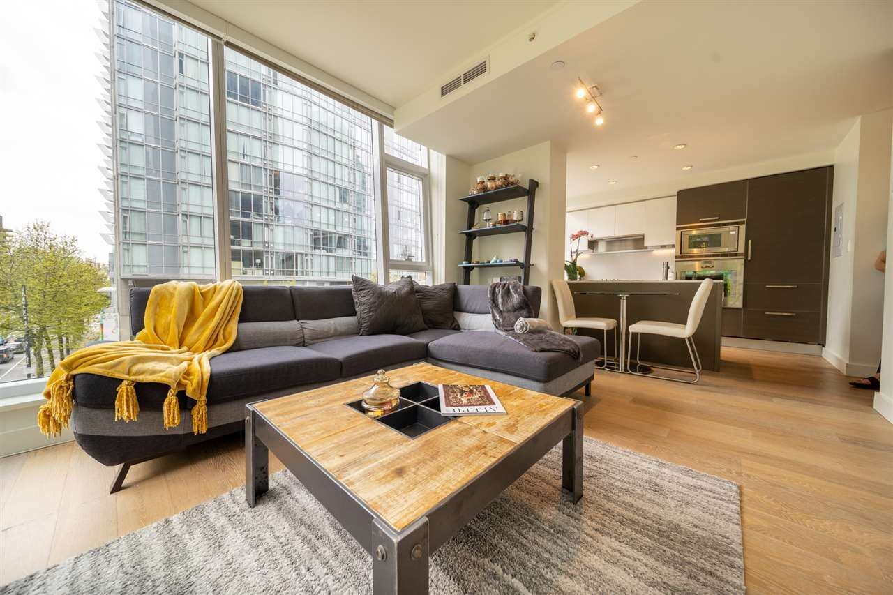 "Main Photo: 303 1499 W PENDER Street in Vancouver: Coal Harbour Condo for sale in ""WEST PENDER PLACE"" (Vancouver West)  : MLS®# R2571095"