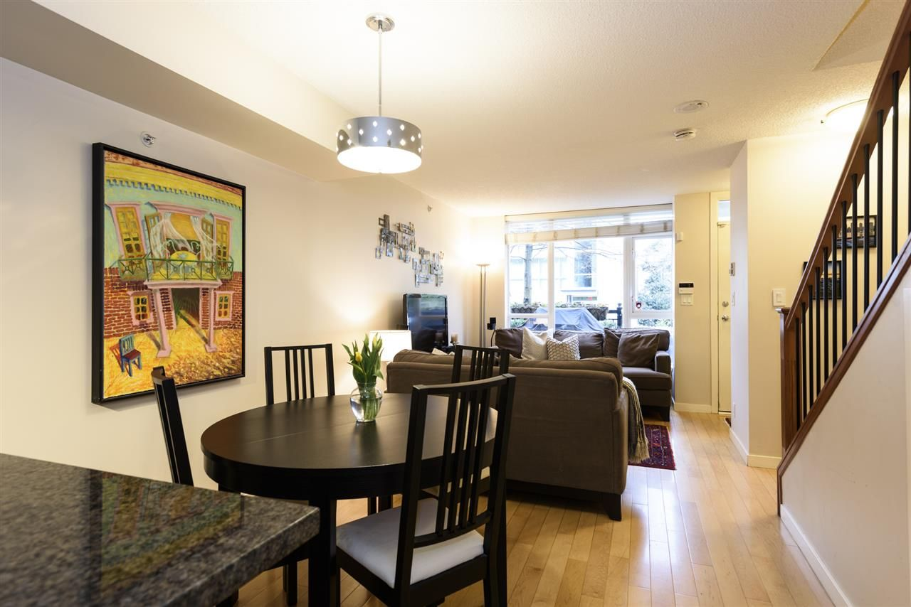 Photo 12: Photos: 1644 W 7TH AVENUE in Vancouver: Fairview VW Townhouse for sale (Vancouver West)  : MLS®# R2543861