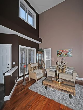 Photo 4: 129 EVANSCOVE Circle NW in Calgary: Evanston House for sale : MLS®# C4185596