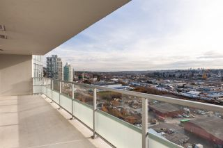 """Photo 12: 2507 2289 YUKON Crescent in Burnaby: Brentwood Park Condo for sale in """"Watercolours"""" (Burnaby North)  : MLS®# R2420435"""