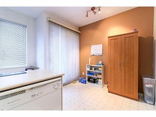 "Photo 11: 33 4933 FISHER Drive in Richmond: West Cambie Townhouse for sale in ""FISHER GARDEN"" : MLS®# V1095792"