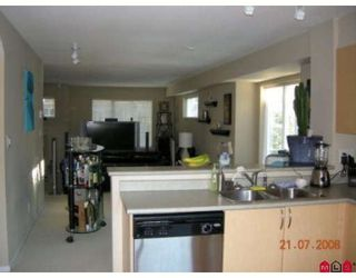 """Photo 6: 71 15175 62A Avenue in Surrey: Sullivan Station Townhouse for sale in """"Brooklands"""" : MLS®# F2825795"""