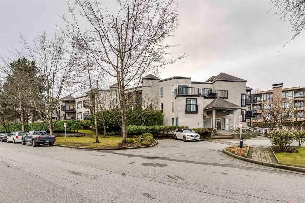 Main Photo: 107 2429 HAWTHORNE Avenue in Port Coquitlam: Central Pt Coquitlam Condo for sale : MLS®# R2448034