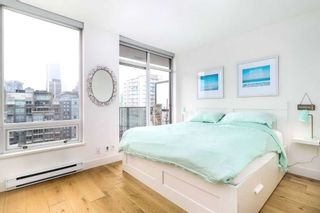 "Photo 16: 1901 1055 HOMER Street in Vancouver: Yaletown Condo for sale in ""DOMUS"" (Vancouver West)  : MLS®# R2245157"