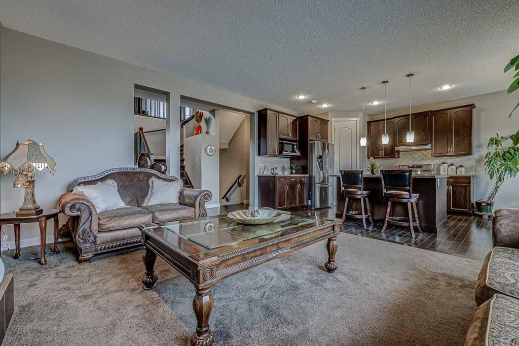 Photo 15: Photos: 200 EVERBROOK Drive SW in Calgary: Evergreen Detached for sale : MLS®# A1102109