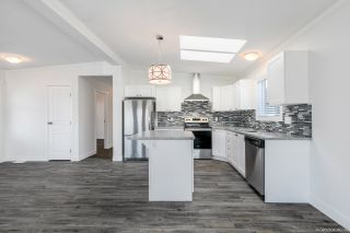 """Photo 9: 23 2303 CRANLEY Drive in Surrey: King George Corridor Manufactured Home for sale in """"Sunnyside Estates"""" (South Surrey White Rock)  : MLS®# R2550516"""