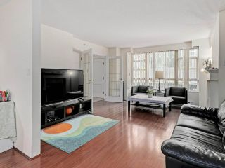 """Photo 7: 2 8297 SABA Road in Richmond: Brighouse Townhouse for sale in """"Rosario Gardens"""" : MLS®# R2486325"""