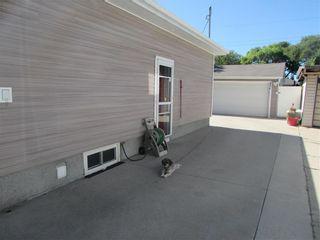 Photo 37: 992 Fleming Avenue in Winnipeg: East Kildonan Residential for sale (3B)  : MLS®# 202019171