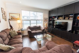Photo 4: 38 2469 164 STREET in South Surrey White Rock: Grandview Surrey Home for sale ()  : MLS®# R2105507