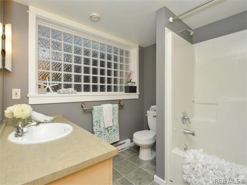 Photo 16: Photos: 201 1155 Yates St in VICTORIA: Vi Downtown Condo for sale (Victoria)  : MLS®# 750454