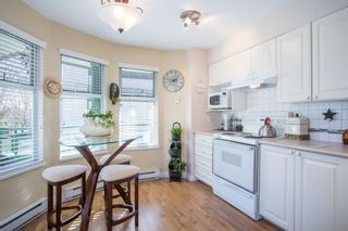 "Photo 7: 203 1575 BEST Street: White Rock Condo for sale in ""The Embassy"" (South Surrey White Rock)  : MLS®# R2249022"