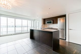 "Photo 6: 613 522 W 8TH Avenue in Vancouver: Fairview VW Condo for sale in ""Crossroads"" (Vancouver West)  : MLS®# R2558030"