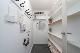 """Photo 22: 1106 1068 HORNBY Street in Vancouver: Downtown VW Condo for sale in """"The Canadian at Wall Centre"""" (Vancouver West)  : MLS®# R2485432"""