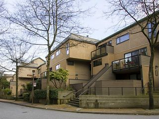 Photo 1: 712 Millyard in Vancouver: False Creek Townhouse for sale (Vancouver West)  : MLS®# v1122043