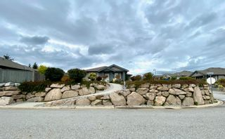 """Photo 2: 6262 APOLLO Road in Sechelt: Sechelt District House for sale in """"Tyler Heights"""" (Sunshine Coast)  : MLS®# R2623830"""