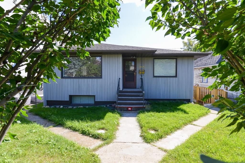 Main Photo: 1825 27 Avenue SW in Calgary: South Calgary Detached for sale : MLS®# A1141304