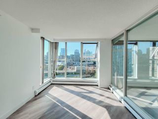 """Photo 5: 1602 1009 EXPO Boulevard in Vancouver: Yaletown Condo for sale in """"Landmark 33"""" (Vancouver West)  : MLS®# R2593362"""