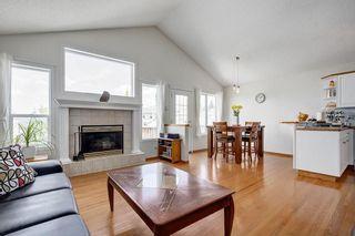 Photo 4: 26 HIDDEN RANCH Road NW in Calgary: Hidden Valley House for sale