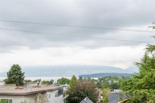 """Photo 24: 301 2035 W 4TH Avenue in Vancouver: Kitsilano Condo for sale in """"THE VERMEER"""" (Vancouver West)  : MLS®# R2493393"""