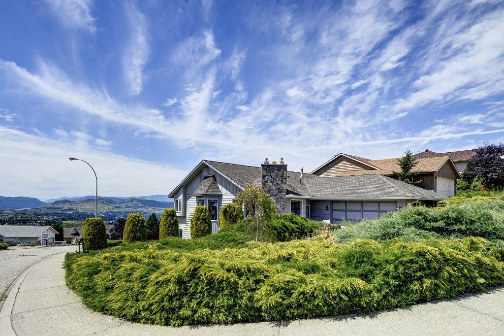 Main Photo: 101 Whistler Place in Vernon: Foothills House for sale (North Okanagan)  : MLS®# 10119054