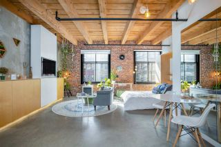 """Photo 8: 219 55 E CORDOVA Street in Vancouver: Downtown VE Condo for sale in """"KORET LOFTS"""" (Vancouver East)  : MLS®# R2560777"""