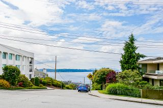 "Photo 25: 203 1330 MARTIN Street: White Rock Condo for sale in ""The Coach House"" (South Surrey White Rock)  : MLS®# R2382473"