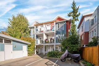 Photo 1: 209 2731 Jacklin Rd in : La Langford Proper Row/Townhouse for sale (Langford)  : MLS®# 885651