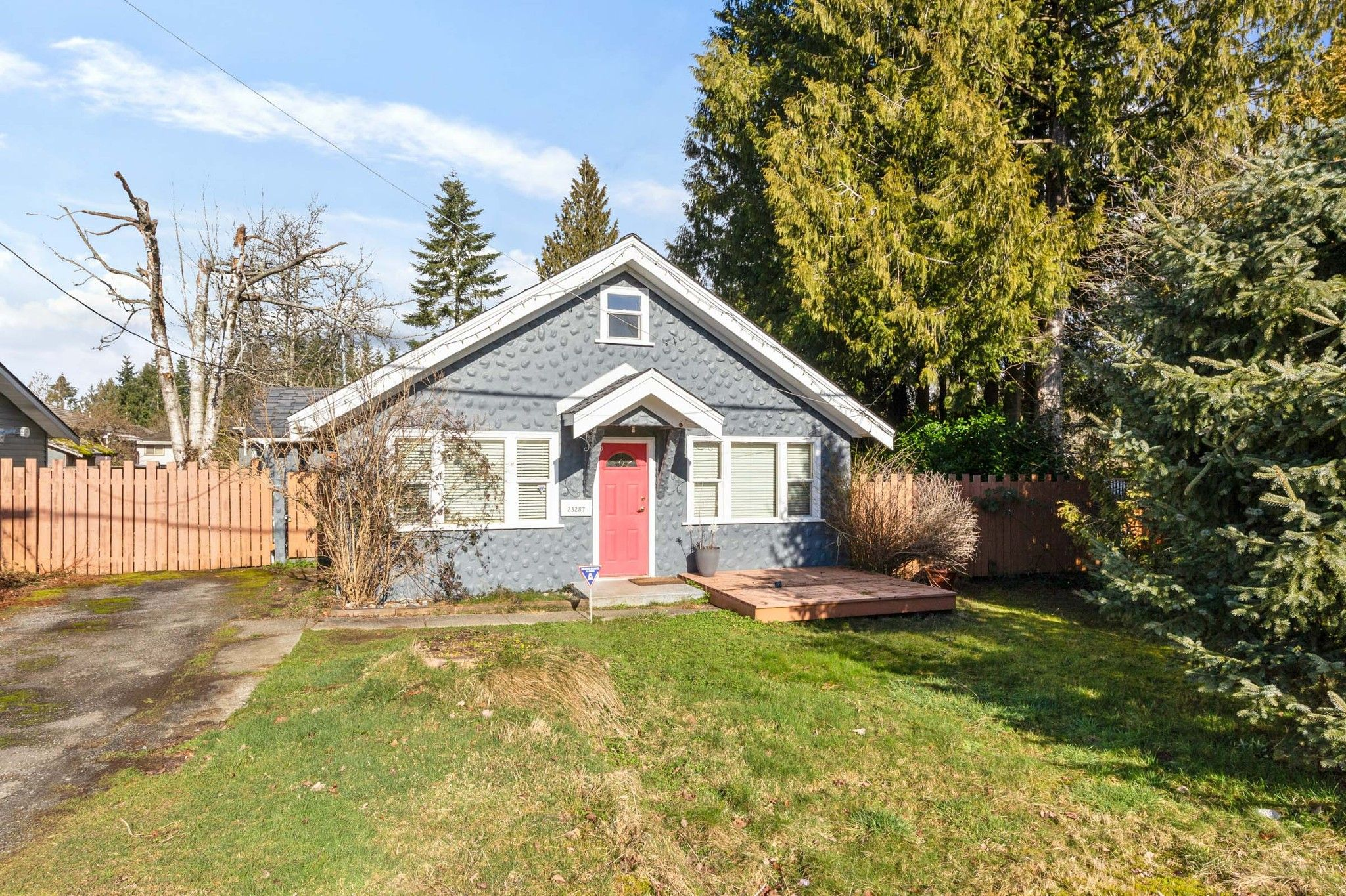 Main Photo: 23287 124 Avenue in Maple Ridge: East Central House for sale : MLS®# R2543160