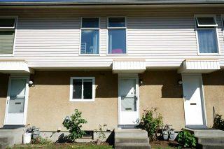 "Photo 2: 6726 ARLINGTON Street in Vancouver: Killarney VE Townhouse for sale in ""CHAMPLAIN VILLA"" (Vancouver East)  : MLS®# R2588343"