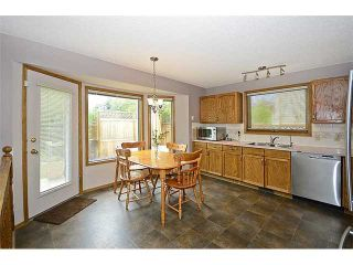 Photo 5: 78 SANDRINGHAM Way NW in CALGARY: Sandstone Residential Detached Single Family for sale (Calgary)