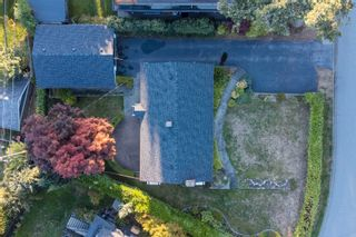 Photo 36: 965 BEAUMONT Drive in North Vancouver: Edgemont House for sale : MLS®# R2624946