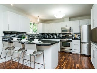 Photo 8: 3807 201A Street in Langley: Brookswood Langley House for sale : MLS®# R2278368