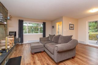 Photo 7: 2670 Selwyn Rd in Langford: La Atkins Half Duplex for sale : MLS®# 842244