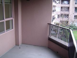 Photo 9: #305  1869 Spyglass Place in VANCOUVER: Condo for sale (False Creek)  : MLS®# V577876
