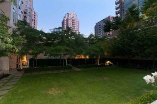 """Photo 19: 304 1001 RICHARDS Street in Vancouver: Downtown VW Condo for sale in """"MIRO"""" (Vancouver West)  : MLS®# R2326363"""