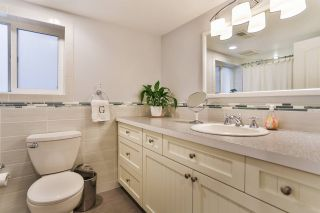 """Photo 13: 829 W 17TH Avenue in Vancouver: Cambie House for sale in """"DOUGLAS PARK"""" (Vancouver West)  : MLS®# R2026317"""