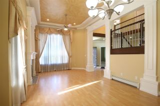 Photo 5: 14438 78 Avenue in Surrey: East Newton House for sale : MLS®# R2064191