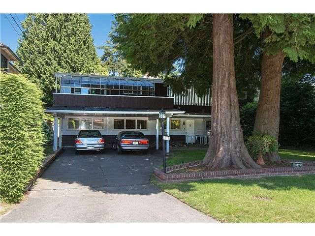 """Main Photo: 3575 W 49TH Avenue in Vancouver: Southlands House for sale in """"Southlands"""" (Vancouver West)  : MLS®# V1084209"""