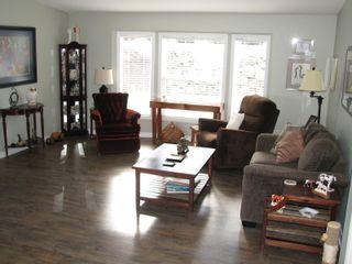 Photo 9: 68 1510 Tans Can Hwy: Sorrento Manufactured Home for sale (Shuswap)  : MLS®# 10225678